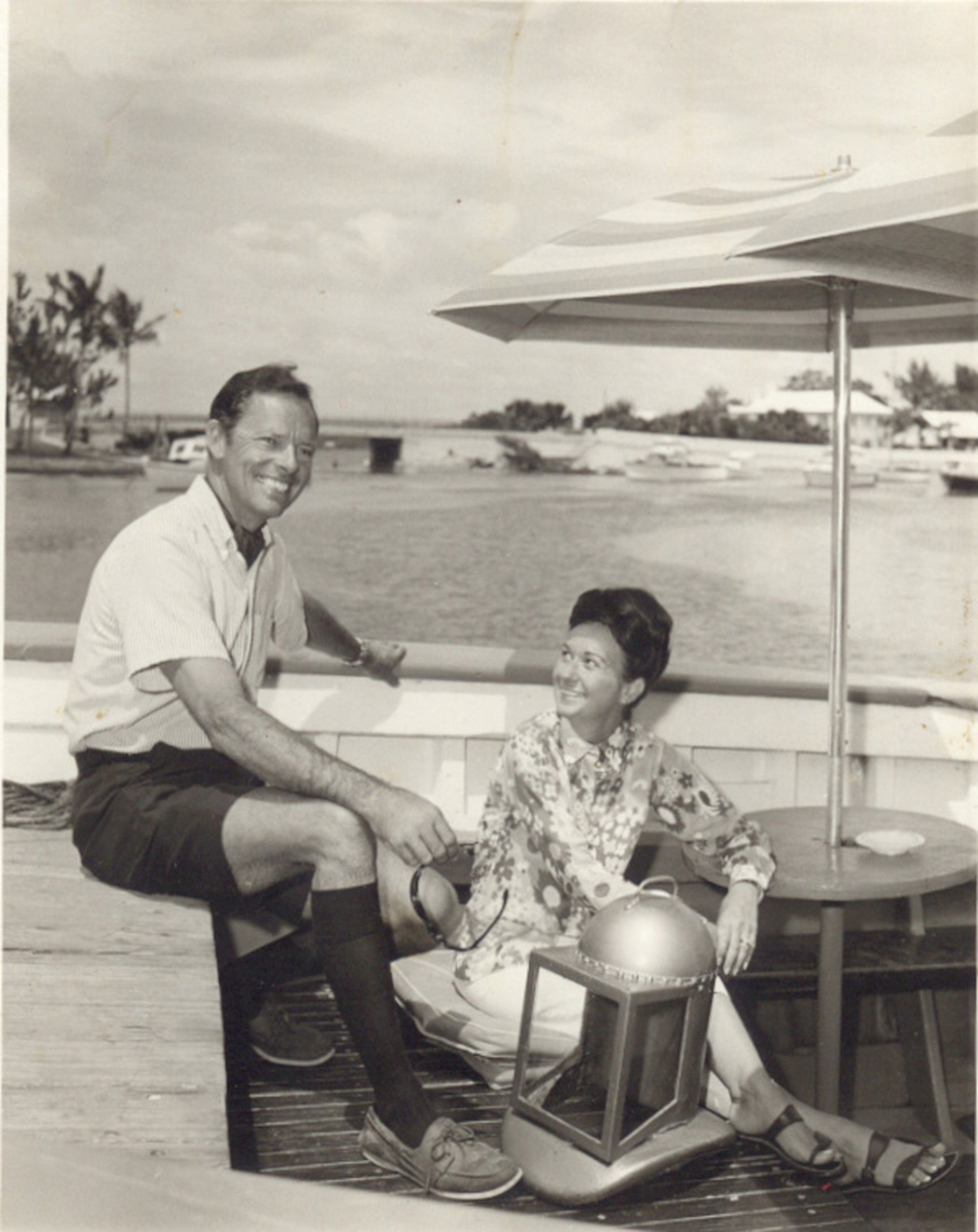 Bronson and Harriet Hartley on Carioca at the Coral Island Hotel dock