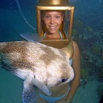 Clear shot of Sandy Hartley and E.T. the puffer.