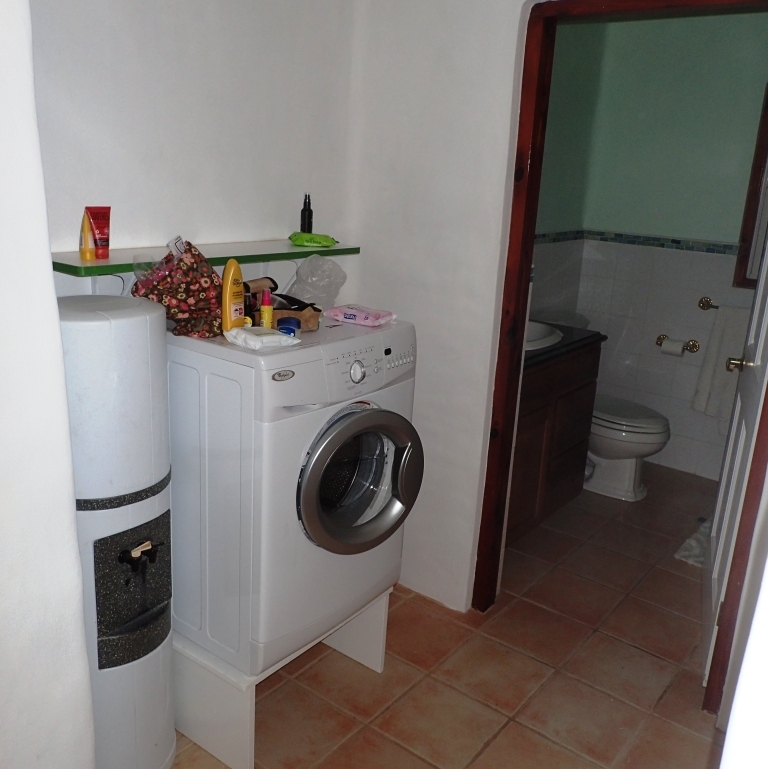 Laundry Bathroom Bermuda Holiday Rental